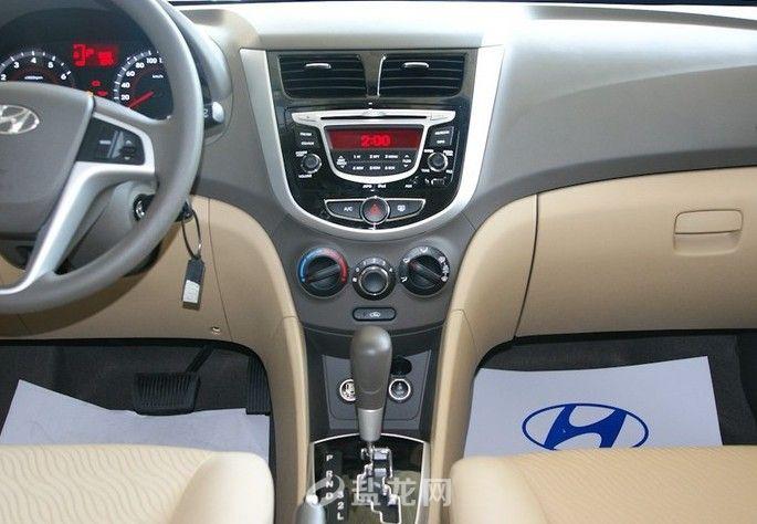 2010款瑞纳 三厢1.4l gs 自动舒适版