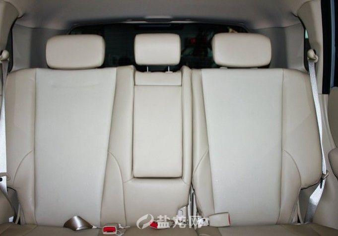 行李箱容积(l):      644      变速箱:&nbsp