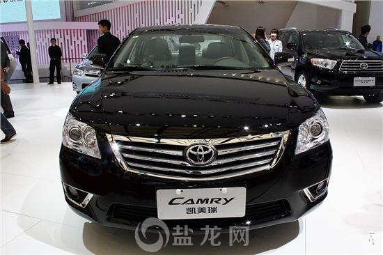 在广汽丰田自贡四达翔驰4s店获悉,凯美瑞2013款增值版新车已到店.