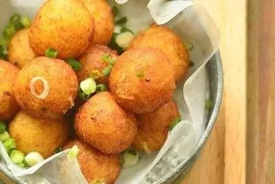 幼儿土豆手工制作菠萝
